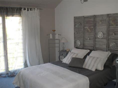 chambre grise chambre gris beige et blanc chaios com