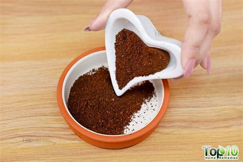 Coffee maxwell house light roast breakfast blend ground coffee, 11 oz canister. DIY Coffee Scrubs for Clear and Glowing Skin   Top 10 Home Remedies