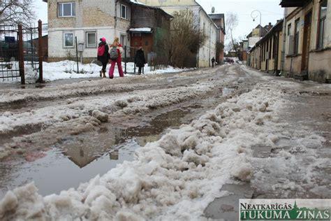 Tukumā vislielākās sūdzības par Dārza ielu | NTZ