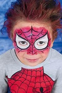Halloween Schmink Bilder : spiderman schminken in 3 einfachen schritten zum comic helden fasching karneval ~ Frokenaadalensverden.com Haus und Dekorationen