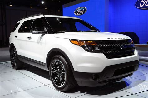 2013 Explorer Sport by 2013 Ford Explorer Sport Mugs For The In Nyc Autoblog