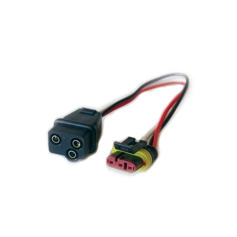 Weatherproof Prong Plug Adapter