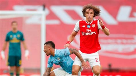 Arsenal 2 - 0 Man City - Match Report & Highlights