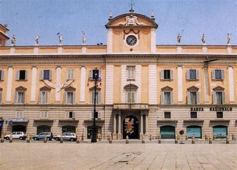 Di Commercio Piacenza - aumentano le imprese straniere nel piacentino oltre