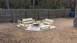 build outdoor end table Quick Woodworking Projects