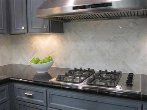 2x8 subway tile herringbone hton carrara 2x8 herringbone kitchen