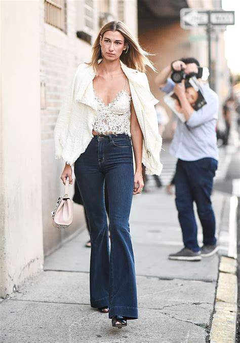 How to Wear Flare Jeans 10 Fashionable Outfit Ideas