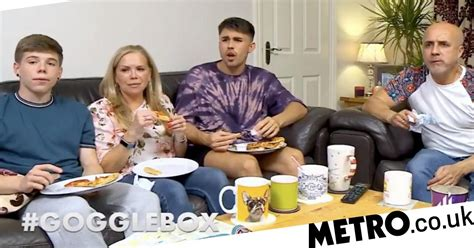 Who are new Gogglebox family, the Baggs? | Metro News