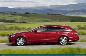 Cls 500 Shooting Brake : mercedes benz cls shooting brake revealed ~ Kayakingforconservation.com Haus und Dekorationen