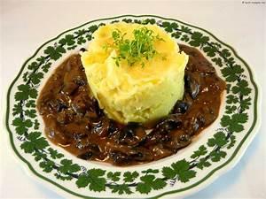 Pilz Rezepte Vegetarisch : pilz gulasch vegetarisches schwammerlragout koch ~ Lizthompson.info Haus und Dekorationen