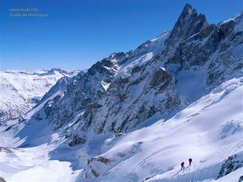 les vallons de la meije ski hors piste 224 la grave avec