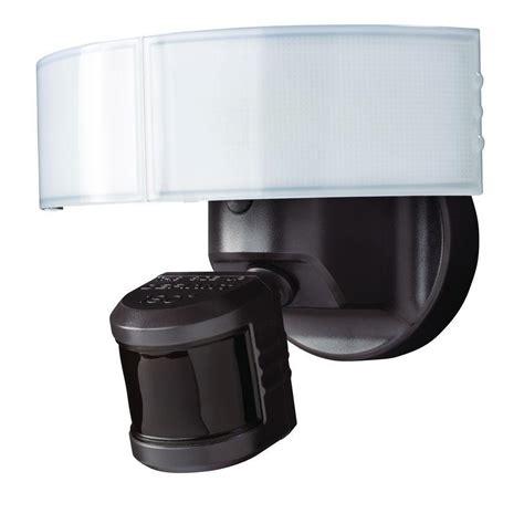 defiant lighting customer service defiant 180 bronze led motion outdoor security light dfi