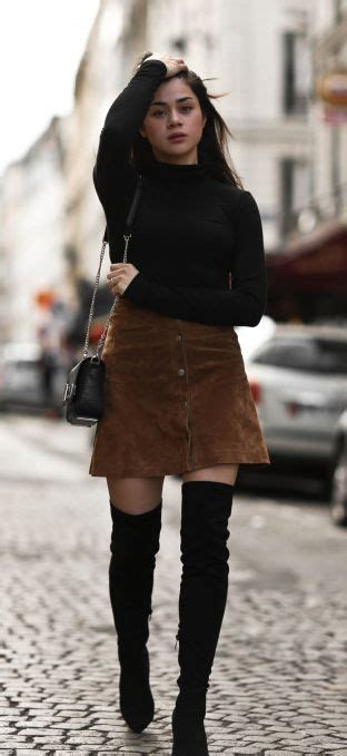 The Thigh High Boots Outfit 35 Ways To Wear Thigh-High Boots | Thigh high boots suede Button ...