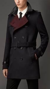 Trench Coat Burberry Homme : 17 best ideas about trench coat men on pinterest burberry trench coat men mens wool trench ~ Melissatoandfro.com Idées de Décoration