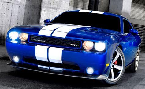 Dodge Challenger Blue White Stripes