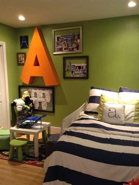 crafty mama serena  lily big boy room green navy white orange big letter   blog