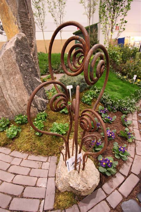 Metal Garden Decor  Bing Images