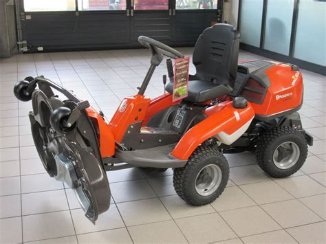 gebrauchte rasenmä traktor husqvarna aufsitzm 228 rider r320 awd allrad landwirt