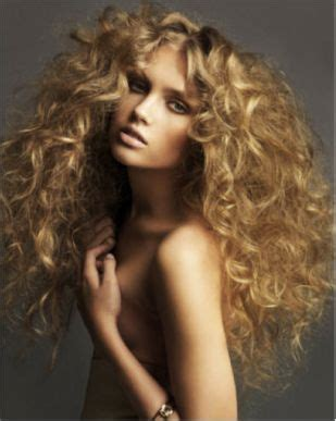 and easy hair styles for hair best 25 big curly hair ideas on big hair 5725