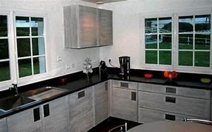 Plan De Travail Noir Brillant : cuisine granit noir zimbabwe ~ Dailycaller-alerts.com Idées de Décoration