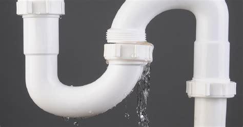 tips  water leak detection   kitchen  bathroom