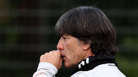 He is the head coach of the germany national team. Jogi Löw zieht mit Nationalmannschaft um - Rasen in ...