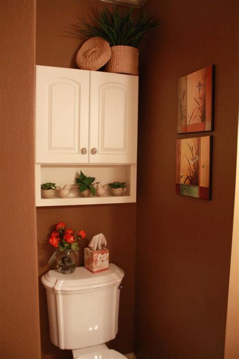 Half bathroom design photos
