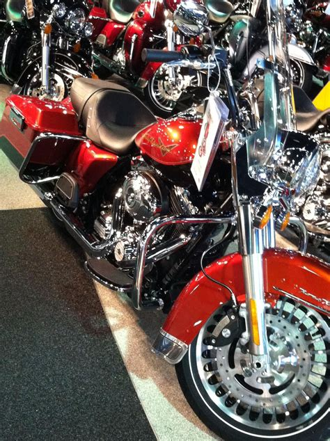 2013 road king flhr in candy orange and beer