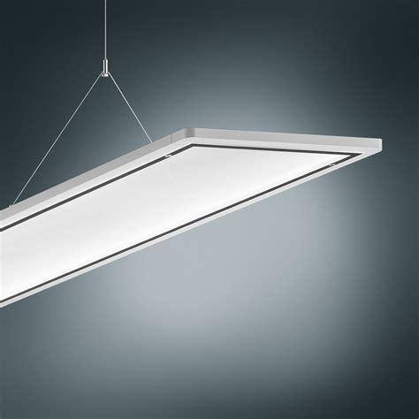 bureau d馗o iluminación led para entradas de hospitales trilux