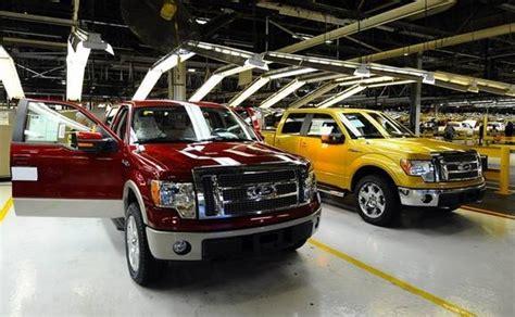 ford trucks    runs