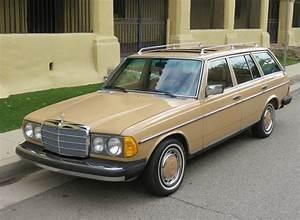 Mercedes 300 Td : 500 cleaning hours 84k mile 1979 mercedes benz 300td bring a trailer ~ Medecine-chirurgie-esthetiques.com Avis de Voitures