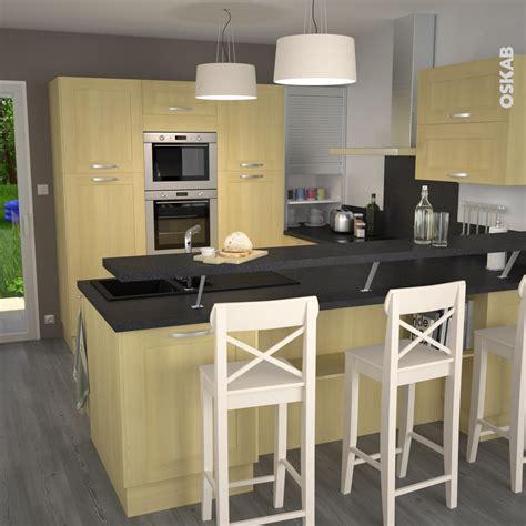 petit plan de travail cuisine cuisine en bois porte contemporaine betula bouleau