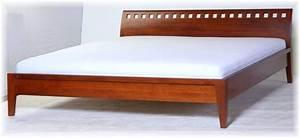Modernes Bett 180x200 : bett doppelbett 180x200 modernes desing buche massivholz ~ Watch28wear.com Haus und Dekorationen