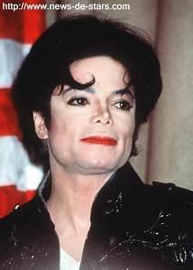 Au Fils Des Années : photo michael jackson son visage a chang au fil des ann es et les rumeurs les plus folles ~ Medecine-chirurgie-esthetiques.com Avis de Voitures