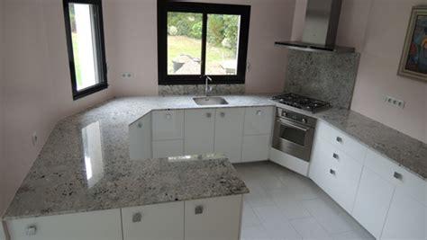 granit plan de travail cuisine img0841 img0941 cuisine moderne avec plan de travail en granit
