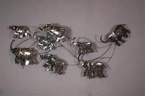 Decoration Murale Metal Design : d coration murale l phants en m tal pas cher sur containers du monde ~ Teatrodelosmanantiales.com Idées de Décoration