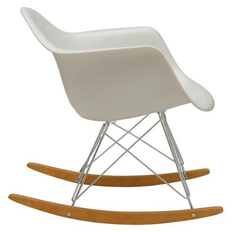 chaise a bascule rar chaise à bascule rar blanc vitra the conran shop
