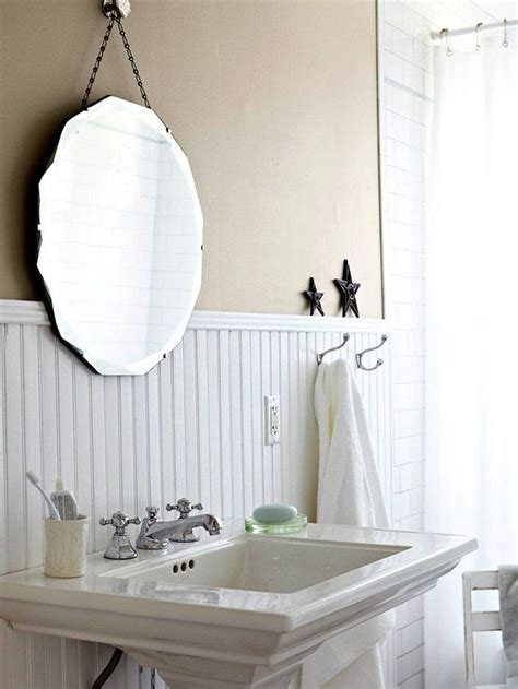 Bathroom Mirror Vintage by Easy Ways To Add Character Vintage Style Pedestal And