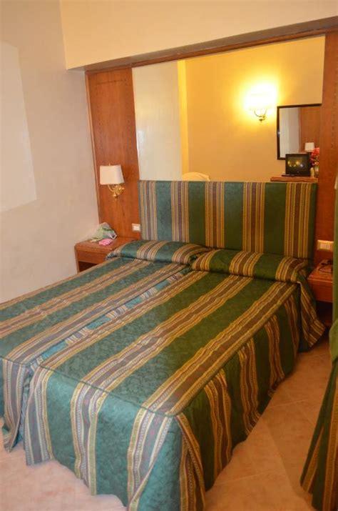 chambre hotel derniere minute hôtels latium dernière minute