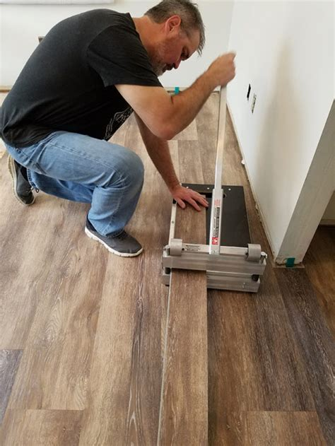 how to cut vinyl plank flooring installing vinyl floors a do it yourself guide the honeycomb home