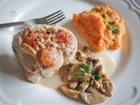 cuisiner paupiettes de veau paupiettes de veau aux herbes sauce chignons et purée