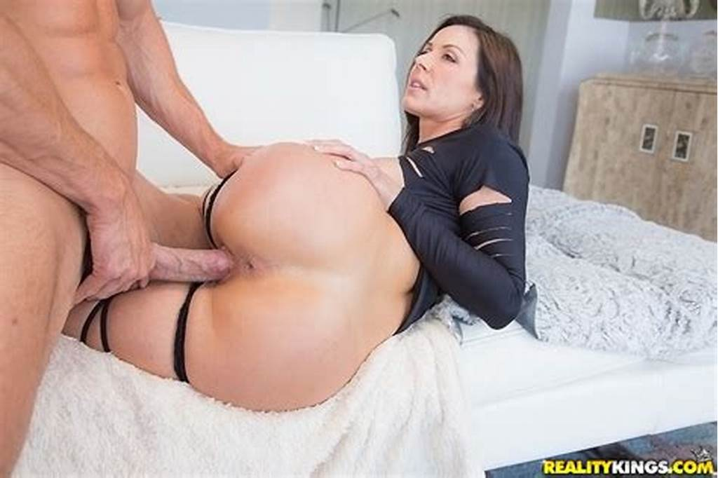#Ravishing #Milf #Has #Some #Face #Sitting #And #Pussy #Drilling #Fun #With #Hung #Lad