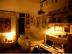 Apartment Bedroom Ideas For Guys by Apartment Bedroom Room College Dorm Apartment Decorating Pop Punk String Li