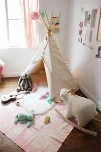 Tipi Pour Chambre : tipi pour filles ~ Teatrodelosmanantiales.com Idées de Décoration