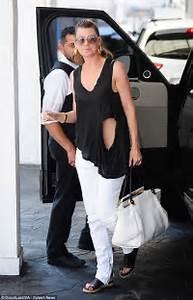 Grey's Anatomy's Ellen Pompeo shows off her flat stomach ...