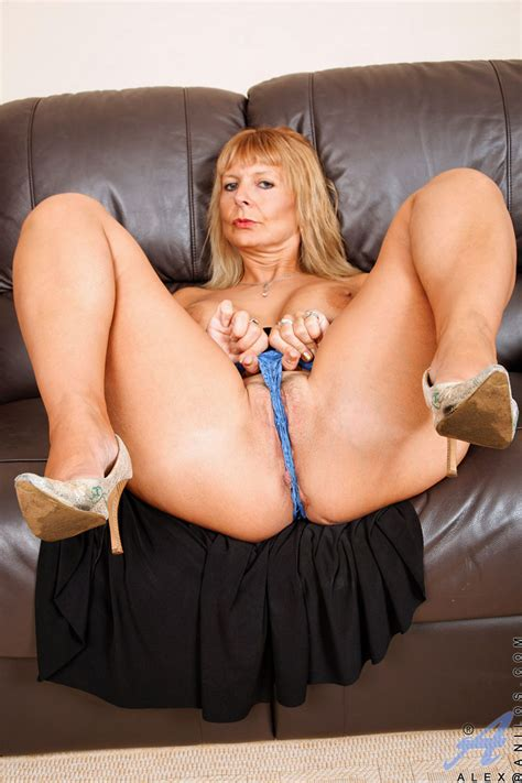 Busty Anilos Milf Alex In High Heels Free Cougar Sex