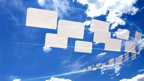 move  gmail  outlookcom  microsofts