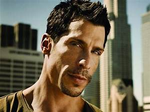 Danny Wood from New Kids On The Block - Mix 106.3