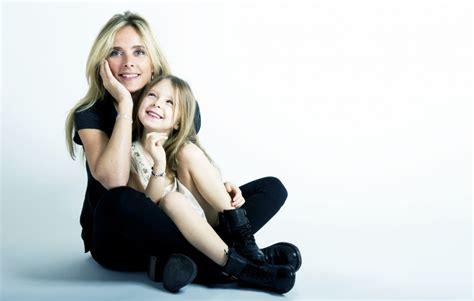 bureau enfants fille confidences de maman l esprit de famille selon