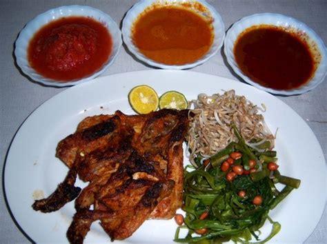 8 Makanan Khas Lombok Yang Harus Dicicipi
